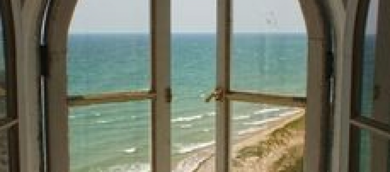 Why Summer is a Good Time to Replace Your Windows