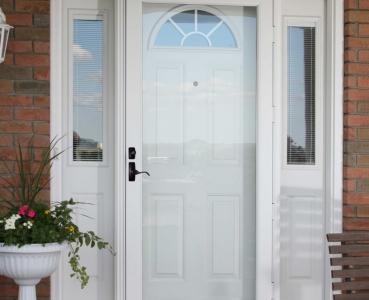 Fullview storm door
