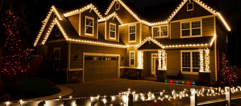 Hanging Christmas Lights Like a Pro